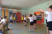 Сревнования по пионерболу